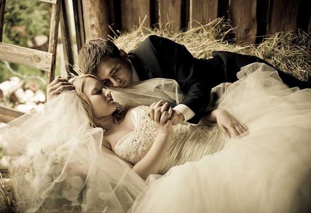 Занятие сексом в первую брачную ночь
