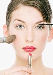 Наносим макияж правильно
